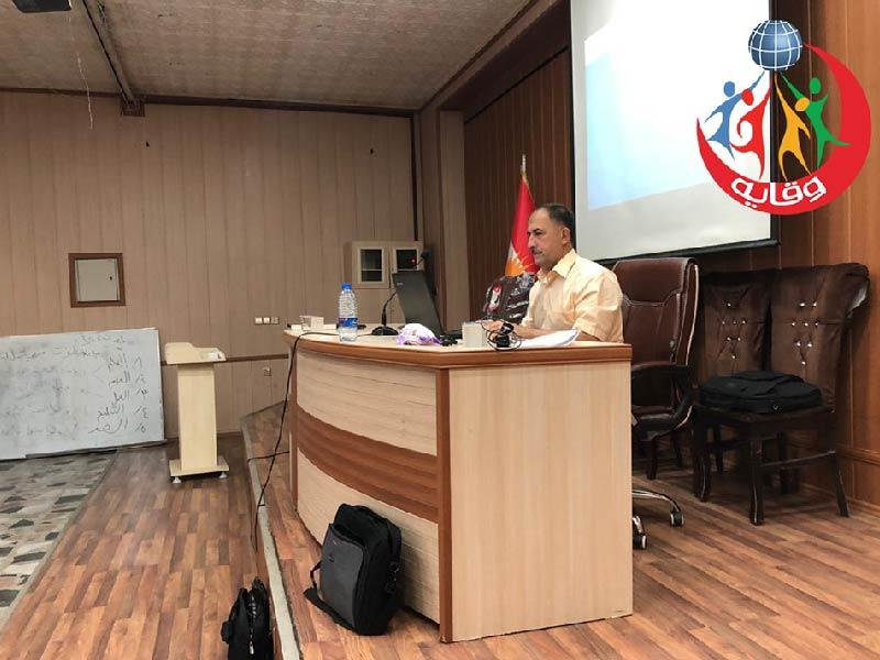 محاضرة للطالبات يقدمها المحاضر في المشروع الأستاذ نصرالدين عمر في كردستان 2019